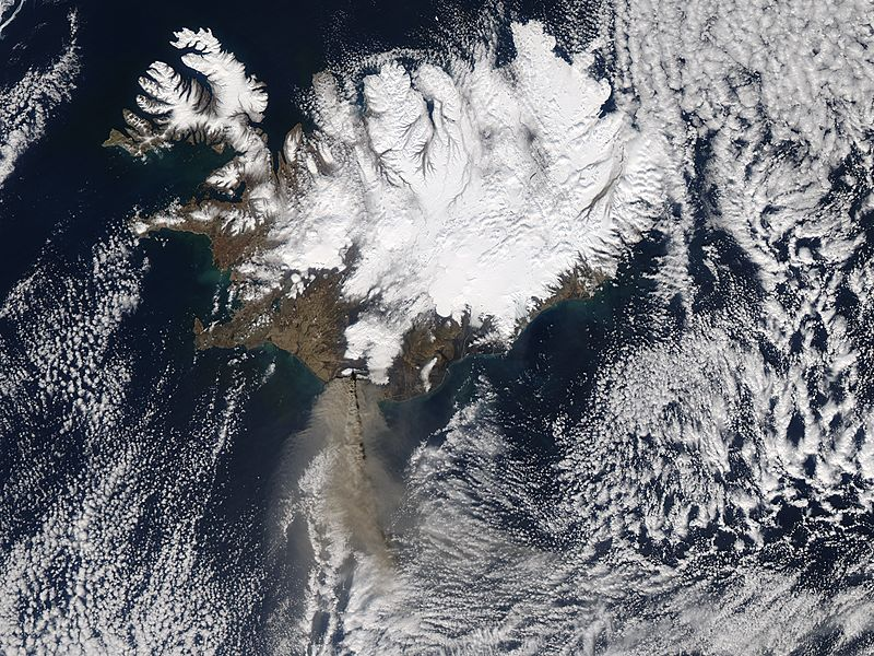 Ash plume from Eyjafjallajokull on 17th of April